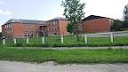 Kupravas skola: vietas pietiktu vairākiem simtiem, bet te mācās tikai daži desmiti