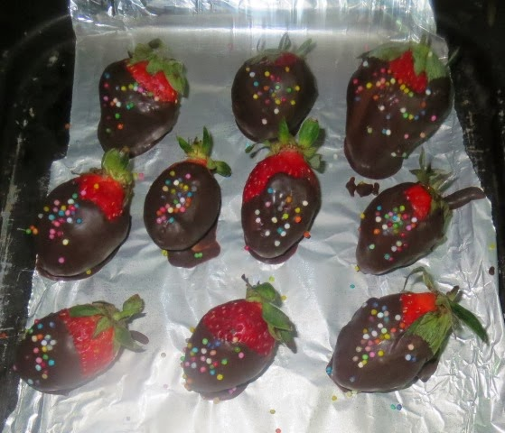 Chocolate covered Strawberries Recipe   chocolate dipped strawberries