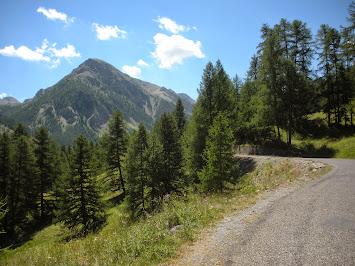 Après Bayasse, paysage typique de montagne