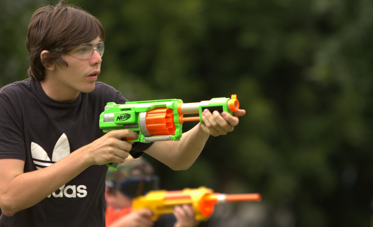 Kelvin Grove war pictures: December 18th   Picture heavy... Nerf%2Bwar%2B183