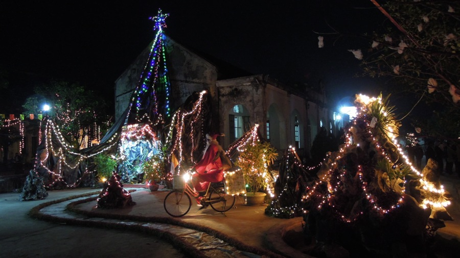 Hình ảnh Giáng Sinh tại Gx.Bạch Liên, Quảng Nạp và Hải Nạp