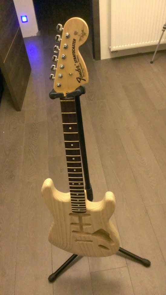Construction fender malmsteen :-) (photos page 3) - Page 2 WP_20131217_014