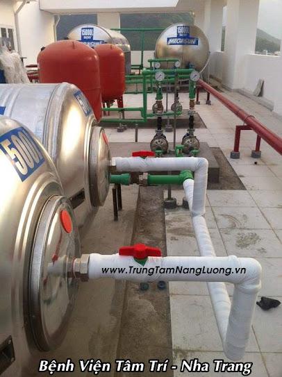 Hệ thống máy nước nóng năng lượng mặt trời Bệnh Viện Tâm Trí - Nha Trang