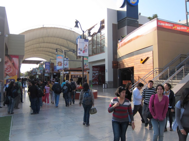 Shopping mall in Trujillo, Peru