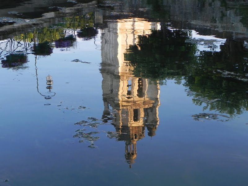 reflets à Loches par Bébert