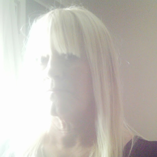 Lynn Curtis Photo 20