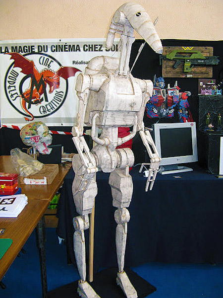 Life-size Battle Droid Paper Model