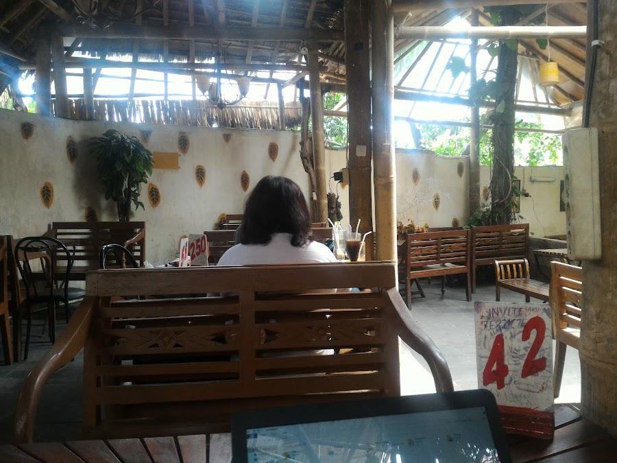 Semesta Cafe