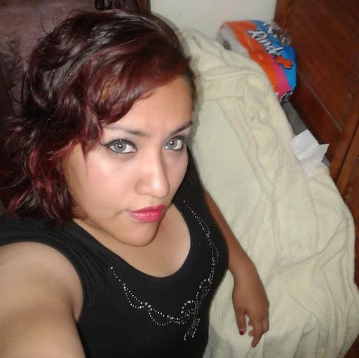 Violeta Rosas Photo 13