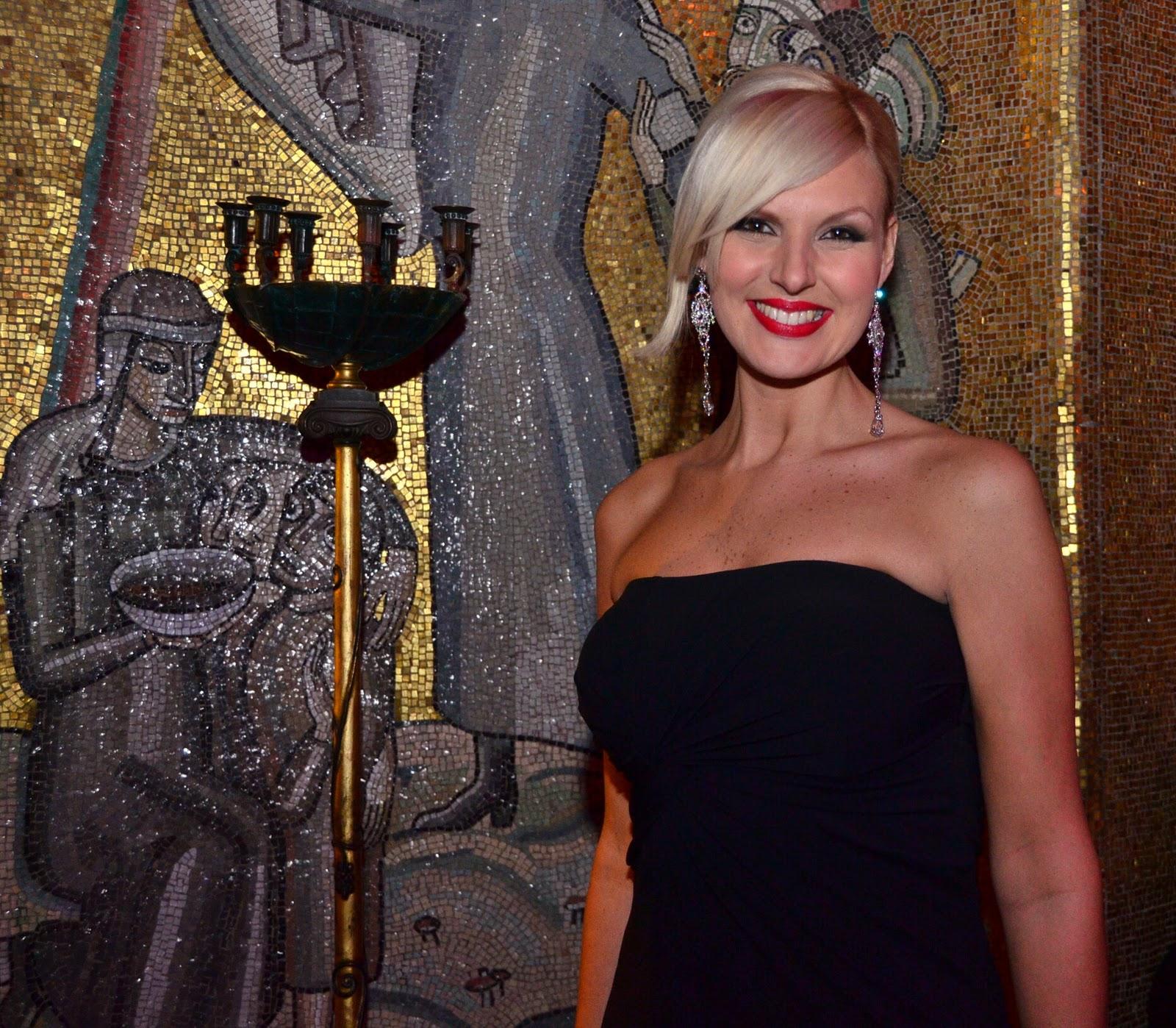 Sanna Nielsen: Blogging Around The World With Lilian: Mars 2011