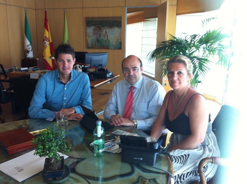 Reunión del Alcalde Eric Escobedo con Sebastián Pérez