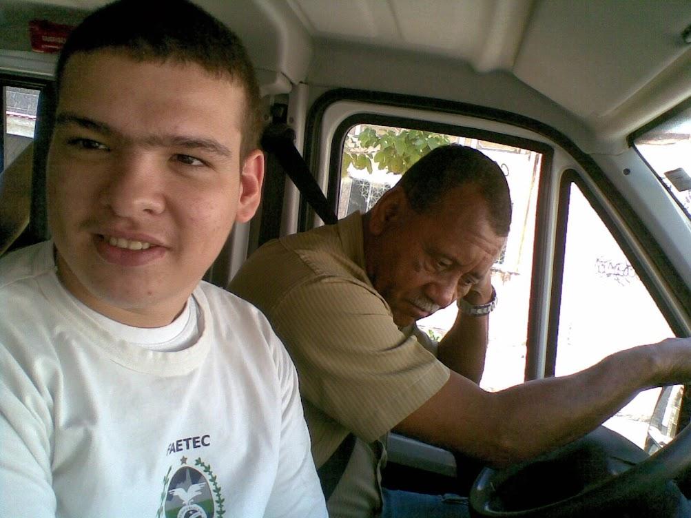 Nosso motorista parceiro da escola
