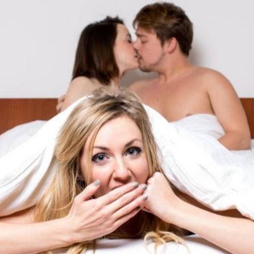 бисексуалы с женой присунул