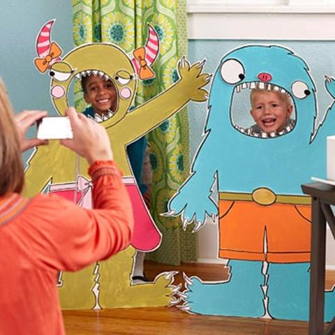Photocall fiesta infantil monstruos