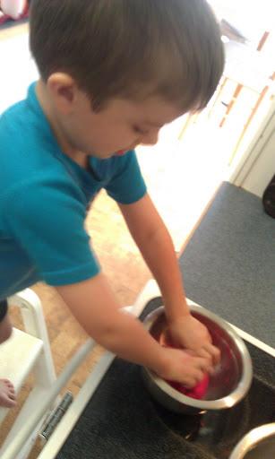 Ian mixing goo