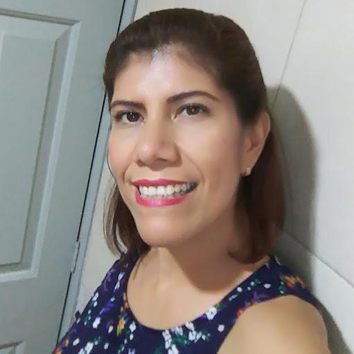Ana Ascencio Photo 17