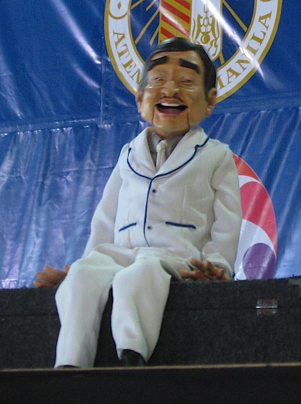 Wanlu's Dolphy marionette