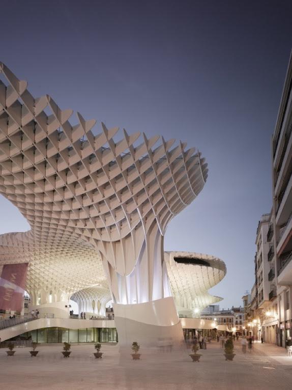 *西班牙-賽維利亞廣場古城新地標:大型蜂巢傘狀建築Metropol Parasol! 4