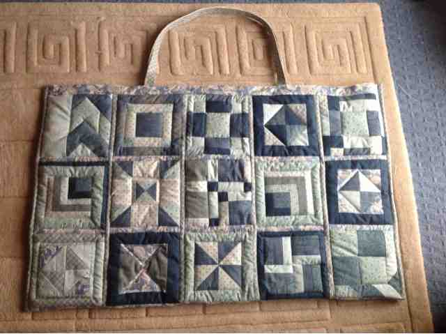 Craft House Magic Quilted Cutting Mat Bag