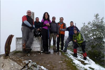 Marinda mendiaren gailurra 984 m.  --  2013ko apirilaren 28an