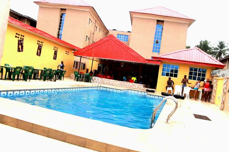 Hotel de Treasure, Ile-Ife swimming pool