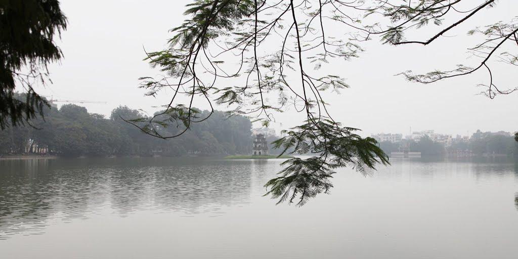 ảnh Hồ Gươm ở Hà Nội vào mùa Đông