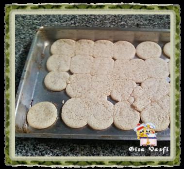 Biscoito de polvilho com leite condensado 5