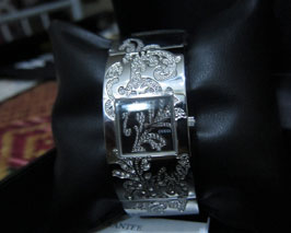 premium-beautiful-watch