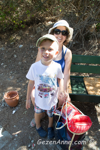 oğlumla plaja gitmek için traktörü beklerken, İncekum Marmaris