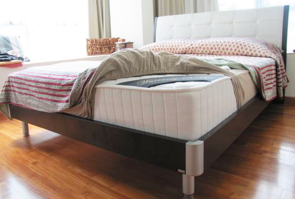5 Bed Sets For Sale Starting From $200 ly