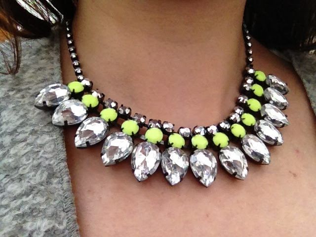 tom-binns,h&m,neon,necklace
