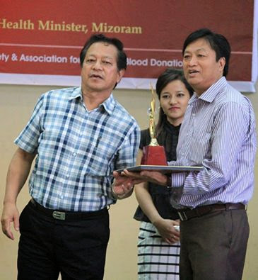 PUC recieves Blood Donors award