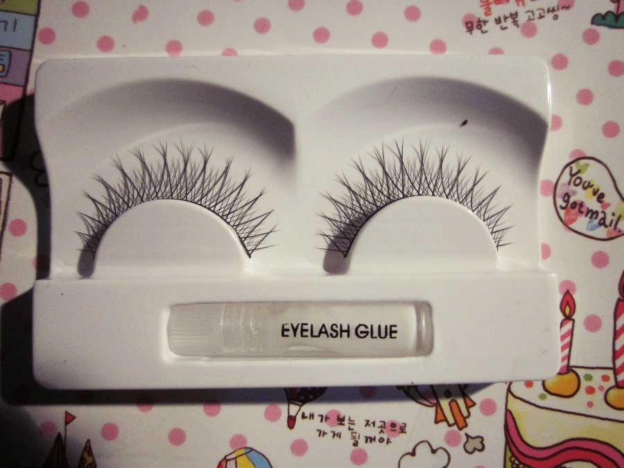 f1cea6ad296 Your typical girly girl: Forever 21 False Lashes review