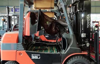 Xe nâng điện 3.5 tấn Toyota Nhật Bản 0934172768