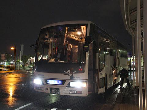 西鉄高速バス「桜島号」夜行便 4012 鹿児島本港到着