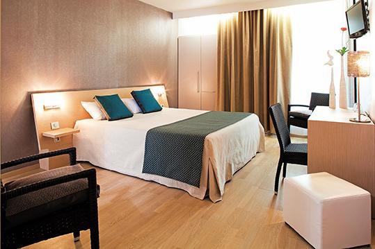 Hotel Restaurant La Chaumière, 25 Boulevard Charles de Gaulle, 11500 Quillan, France