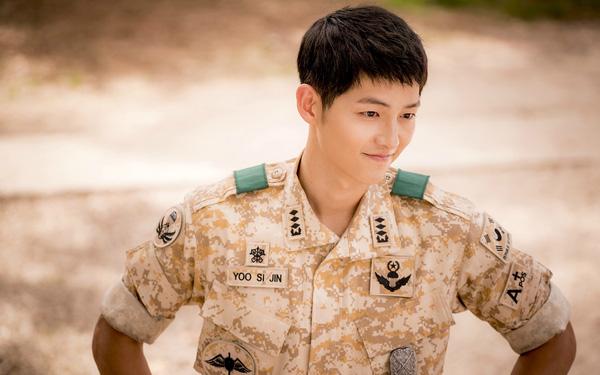 Tính cách thật của Song Joong Ki được tiết lộ không nhẹ nhàng, ngọt ngào như vẻ ngoài