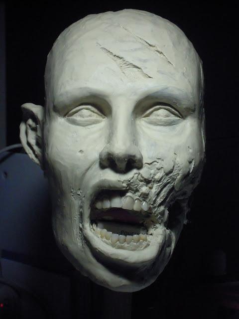 Buste échelle 1 zombie girl DSCN1504