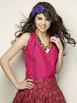pretty selena gomez cliff watts