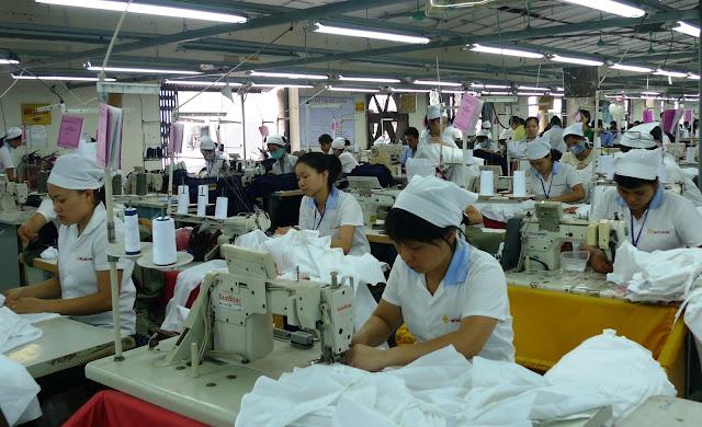 Đơn hàng may áo sơ mi cần 33 nữ làm việc tại Yamagata Nhật Bản tháng 12/2017