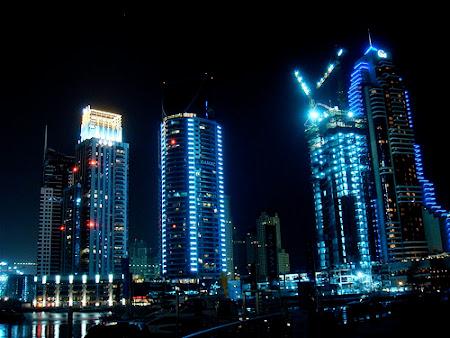 thành phố Dubai về đêm