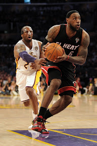 lebron james nba 120304 mia at lal 14 King James Brings Out Nike LeBron 9 Fairfax Away PE in L.A.