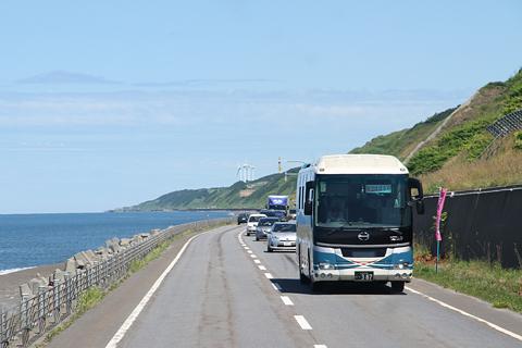 沿岸バス「特急はぼろ号」 ・389 豊富行き 国道232号の風景 その2