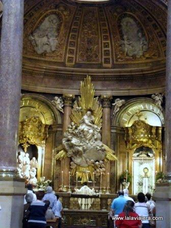 Virgen del Pilar en la Basílica de Zaragoza