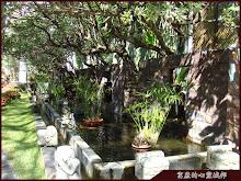 惠來谷關溫泉會館外水池造景