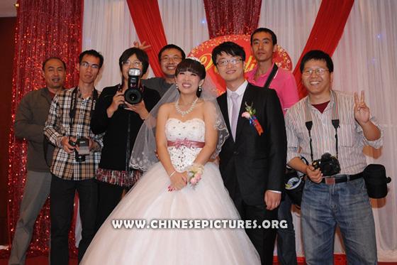 Chinese Wedding Photographers and New Couple 2