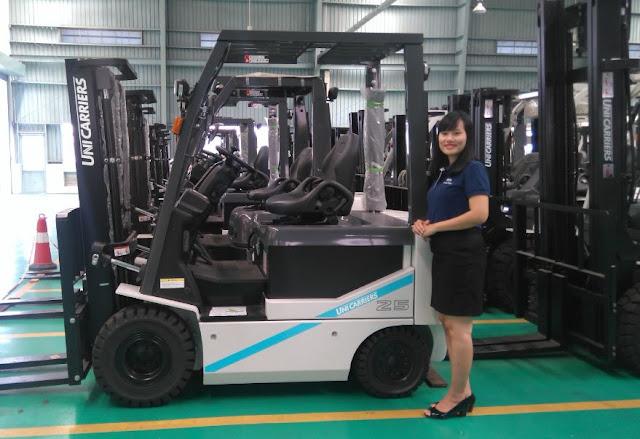 Xe nâng điện Nissan Unicarriers Nhật Bản