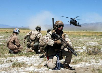 04/03/12 P.J. That others may live - ¡¡Te invitamos a barbacoa!! - La Granja Airsoft 800px-Pararescue_training_exercise