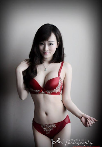 New rival of lingerie queen Ngoc Trinh, new rival of Ngoc Trinh, sexy hot girl than ngoc trinhtình