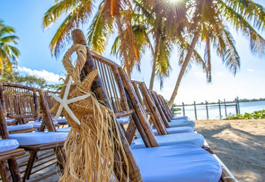 Beach weddings in Florida Keys